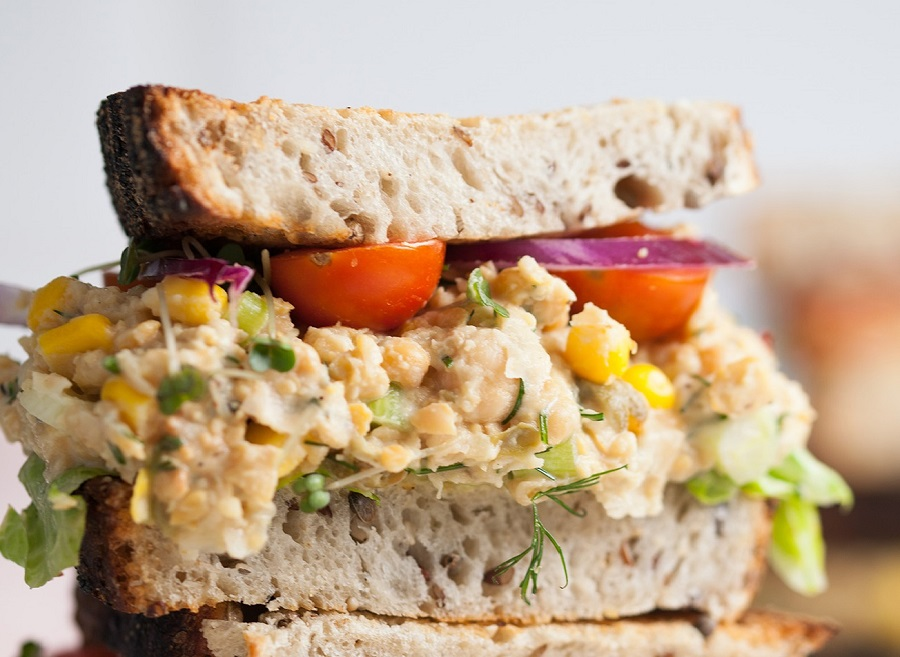 Chickpea 'Tuna' Sandwich